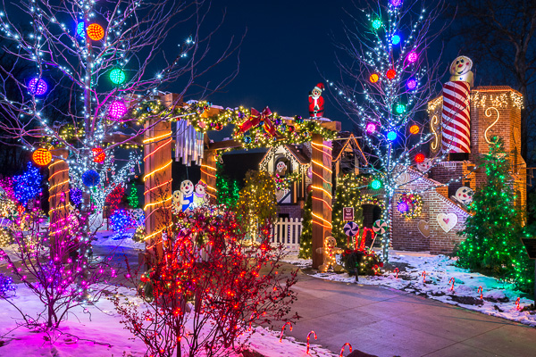 Outdoor Christmas Lighting Displays